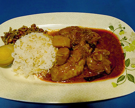 Small kampung chicken curry rice