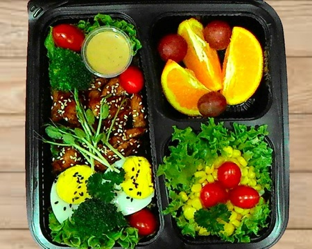 Small s2.teriyaki chicken with salads   fruit combo