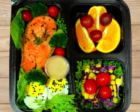 Small s5.grilled salmon with salads   fruit combo