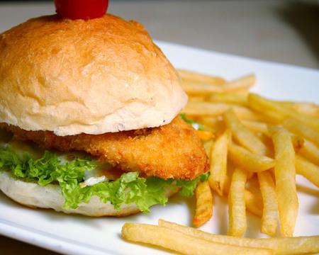 Small crispy ckn burger